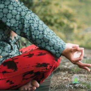 Meditacijske maske in pripomočki