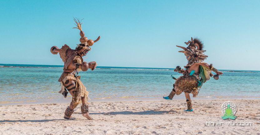 Kaj so to MAGIČNE KRETNJE – Tehnike staro-mehiških šamanov (piše: Klemen Romih)