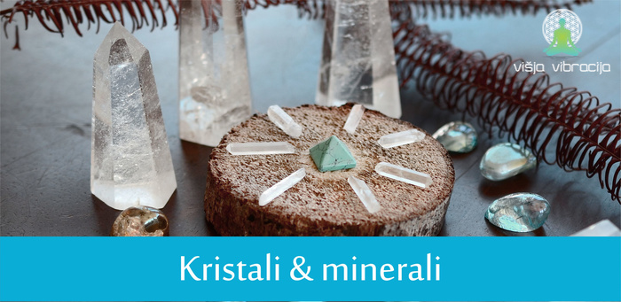 kristali minerali kamena strela kristali trgovina višja vibracija 1